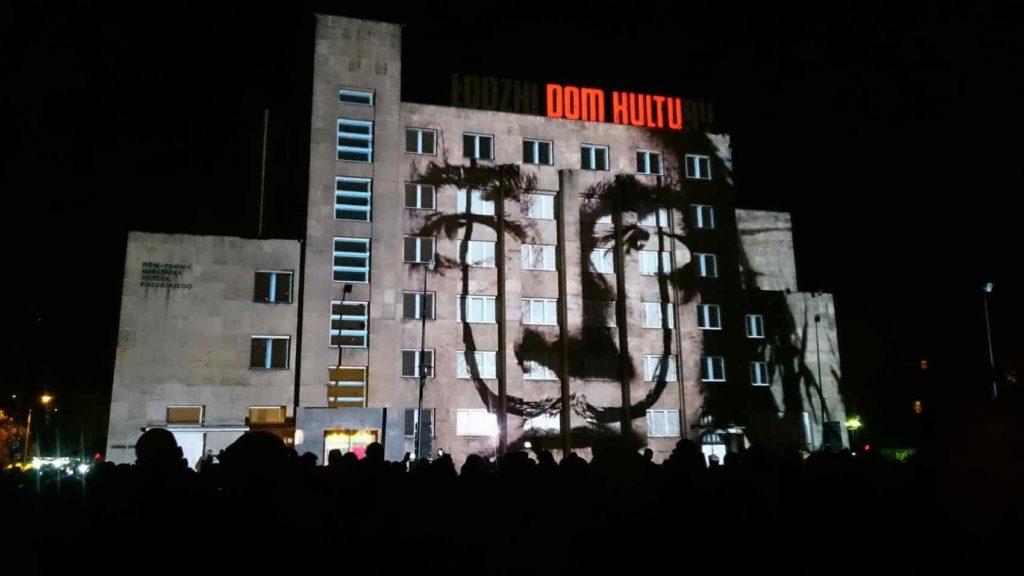 """pokazy """"Dom Kultu"""" i Salwador Dali"""