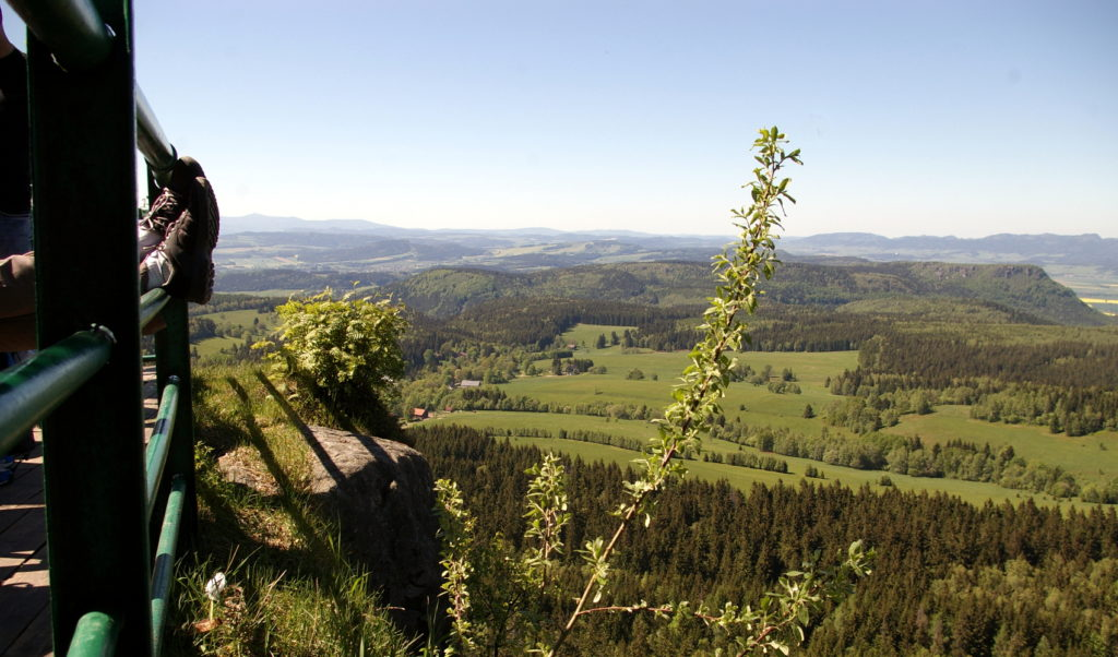 polski turysta górski w górach stołowych