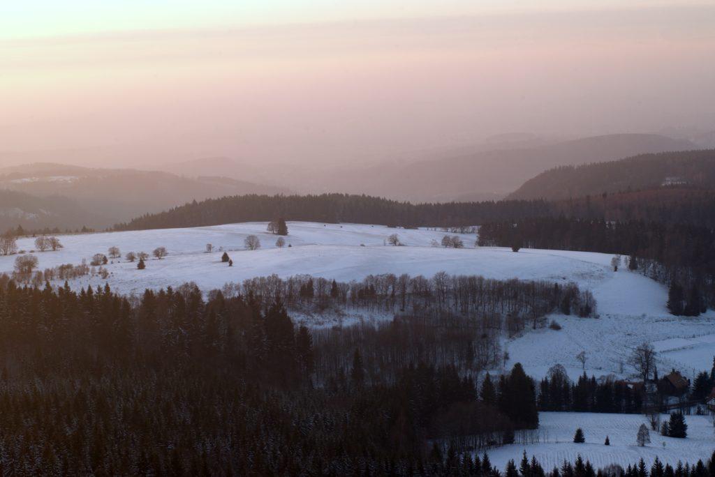 zimowy zachód słońca na szczelińcu